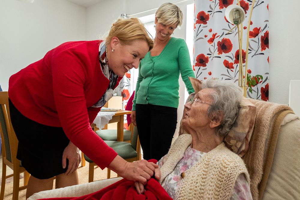 Mit Franziska Giffey in der Senioren-WG